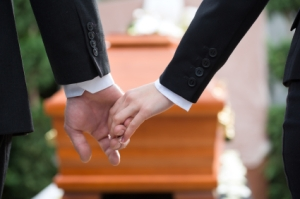Eight in 10 people support paid compassionate leave for the bereaved. (pic: istockphoto.com/kzenon)